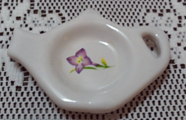 Vintage Tea Bag Rest // Spoon Rest Tea Pot Shaped bag Rest Purple Violet - $6.25