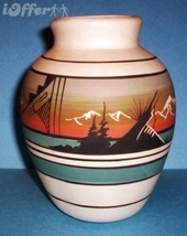 "NATIVE AMERICAN INDIAN- NAVAJO / NAVAHO / DINE VASE  6"" - $19.95"
