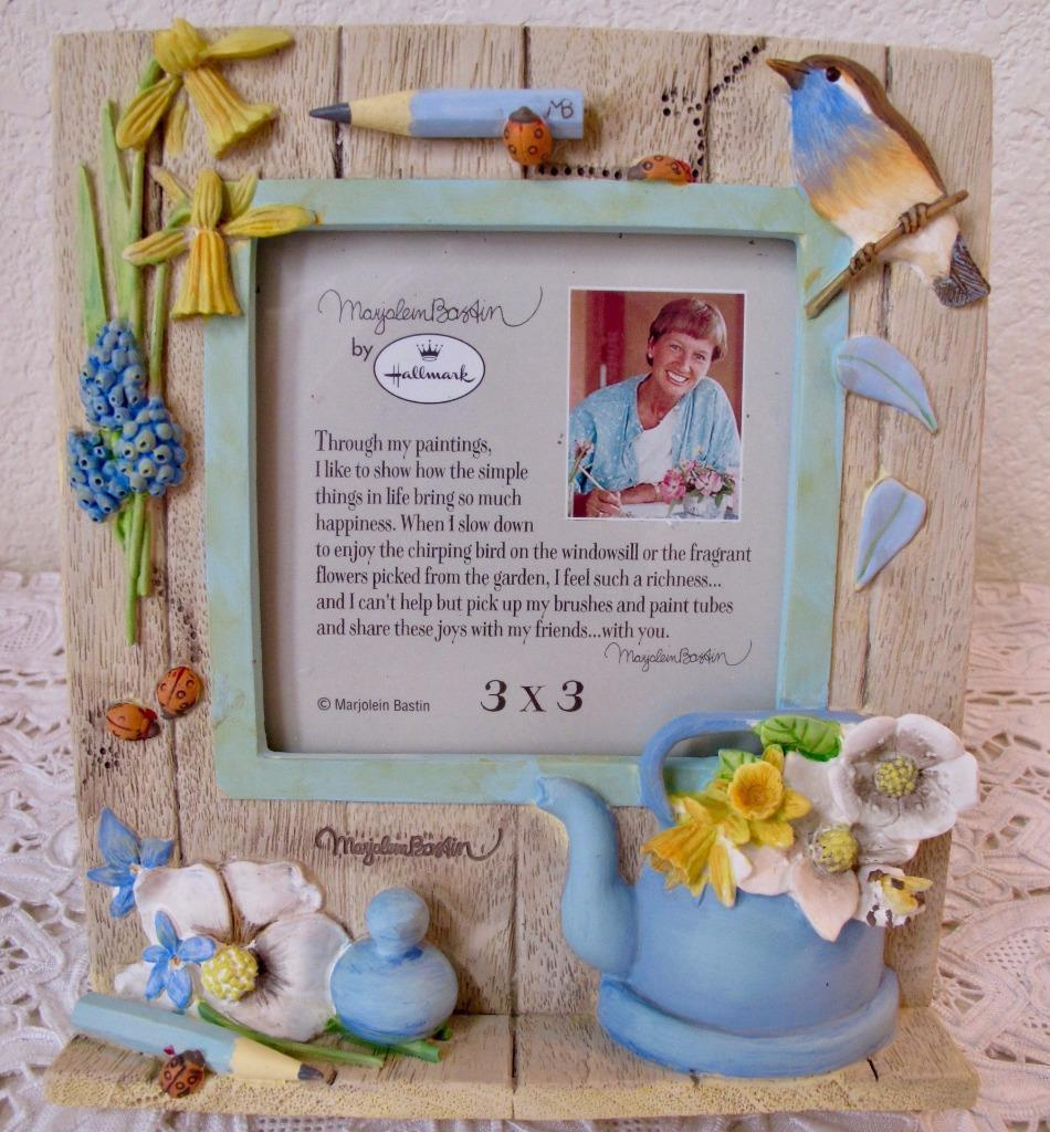 Primary image for NEW Marjolein Bastin Hallmark Picture Frame Nature's Sketchbook Birds Flowers 3""