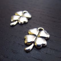 Four Leaf Clover 15mm Antiqued Silver Plated Charms C0466 - 20, 50 Or 10... - $12.00+