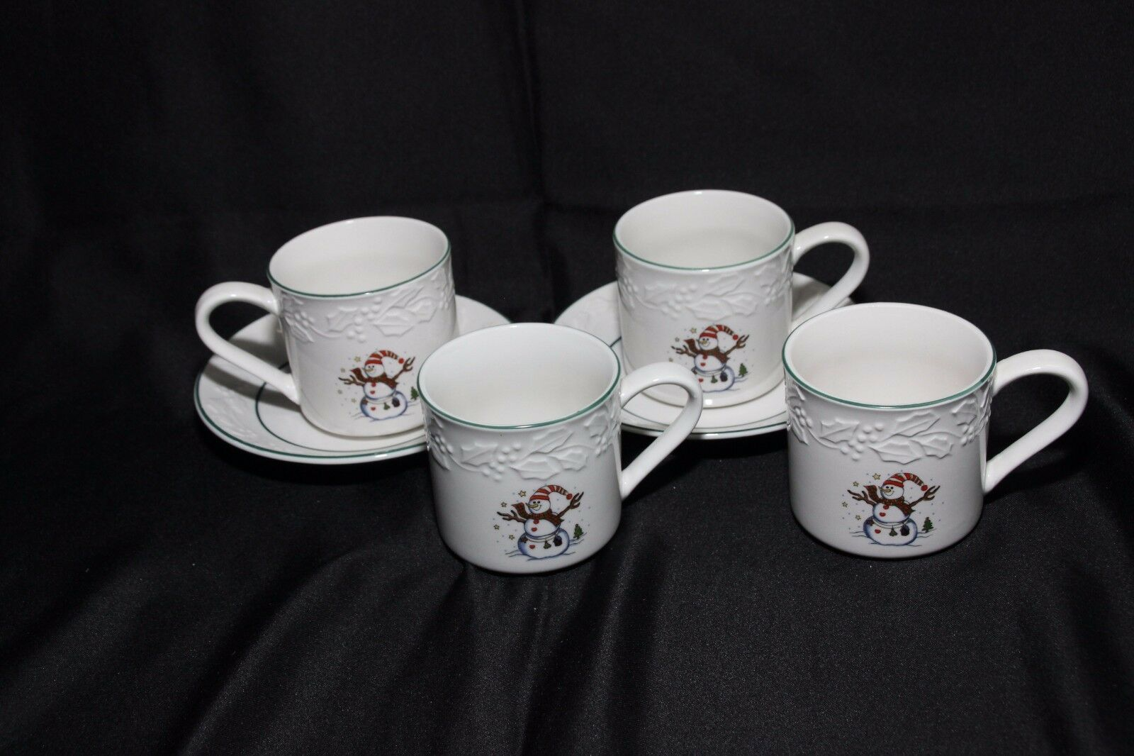 GEI Snowman Xmas 4 Cups 2 Saucers