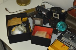 VINTAGE CAMERA'S ,FLASH BULBS,CUBES,AND A CASE - $48.50