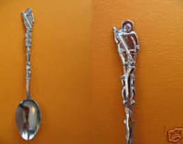 Eskimo Sioux Narrows Ontario Collector Souvenir Spoon - $6.99