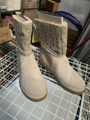 Toms Nepal Boots Light Grey Suede Women's Size 7 M