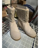 Toms Nepal Boots Light Grey Suede Women's Size 7 M - $44.55