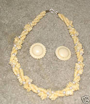 Vintage '80's Shell Necklace & Matching Earrings - $7.35