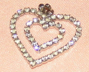 Rhinstn heart pendant2