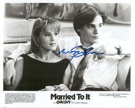 "Mary Stuart Masterson Signed Autographed ""Married To It"" Glossy 8x10 Photo - $29.99"