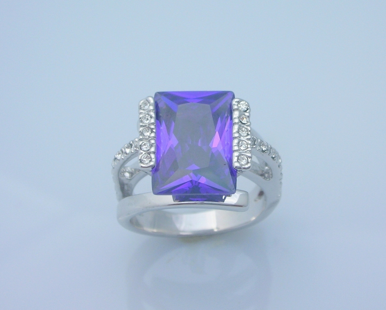 Alexandrite Ring Princess Cut Ladies Size 8