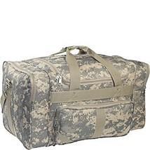 Everest Digital Camouflage Duffel Bag - $757,32 MXN