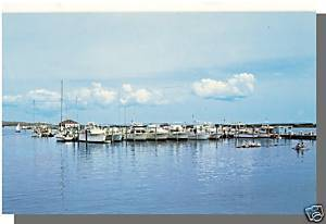 CUTTYHUNK, MASS/MA POSTCARD, Harbor/Boats, Cape Cod