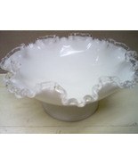 Milk glass 3 013 thumbtall