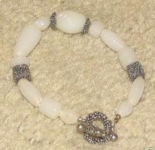 Vintage Costume Jewelry Faux Jade & Silvertone Bracelet - $6.59