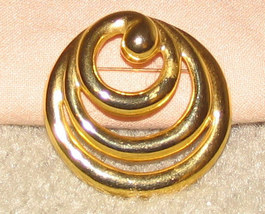 Vintage Goldtone Triple Circles Pin - $5.95