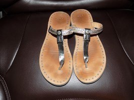 UGG Bria Metallic Silver Braided Leather Thong Sandals Size 6 Women's EUC - $49.84