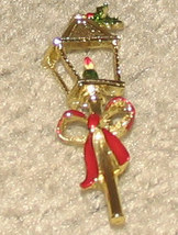 Vintage Costume Jewelry Lamplight Holiday Pin - $4.95