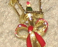 Vintage Costume Jewelry Lamplight Holiday Pin