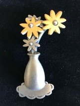 Pewter Flower Bouquet Brooch Signed J.J. Floral Pin Gold Costume Jewelry - $12.86