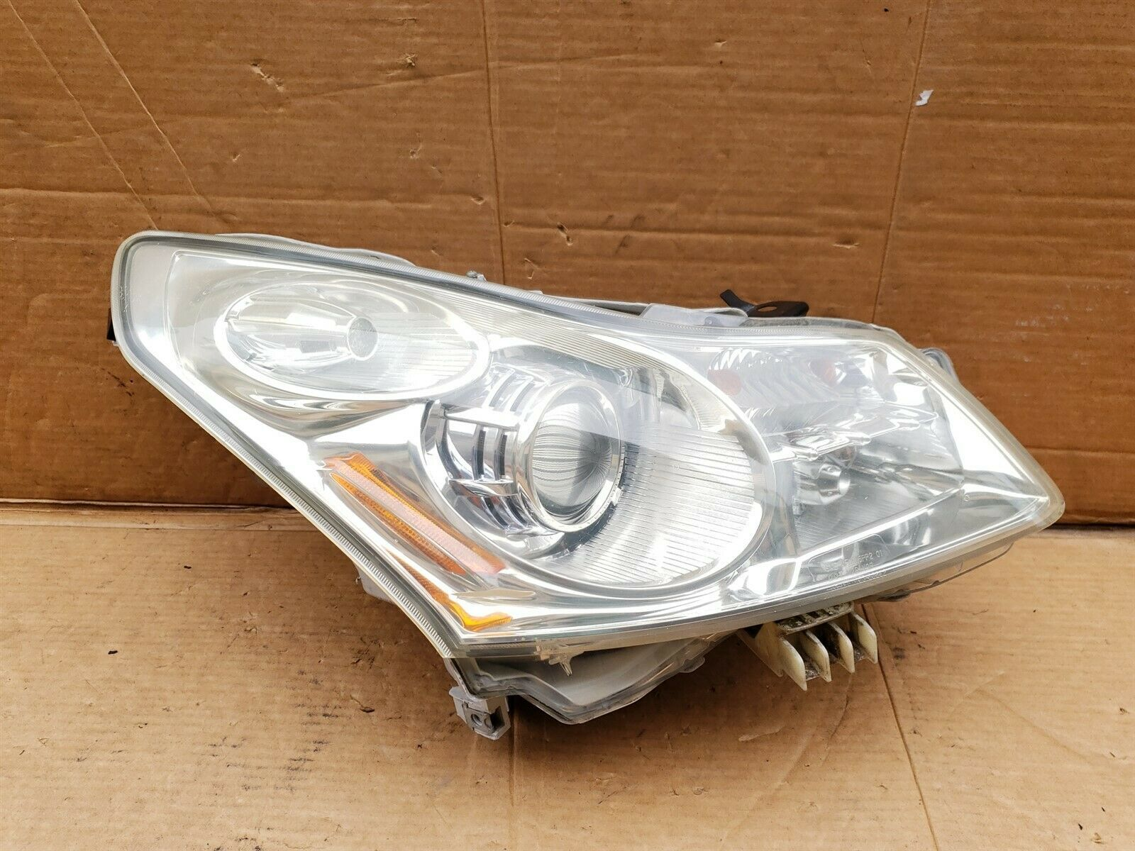 07-09 Infiniti G35 G37 4door Sedan Xenon HID HeadLight Lamp Passenger Right RH