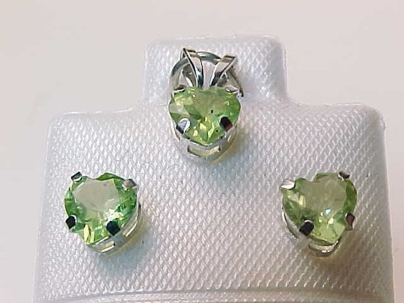 Primary image for 10K WHITE GOLD Genuine PERIDOT Stud EARRINGS and PENDANT Set - FREE SHIPPING