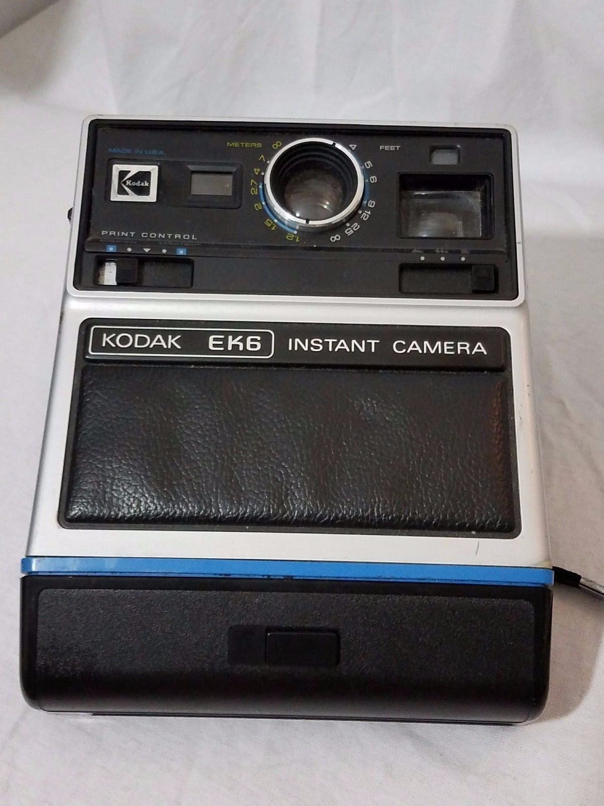 Vintage Eastman Kodak EK6 Instant Camera Has Wrist Strap