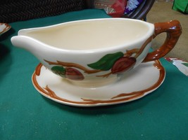 "-Magnificent FRANCISCAN  ""Apple"" Pattern ..GRAVY BOAT with Attached UNDE... - $10.11"