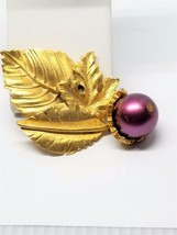 Lovely Leaf Pin with Bead Acorn Vintage Pin - $14.39