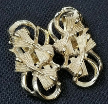Vintage Earrings Clip on Gold Tone Bow Tie Cluster Swirls Fashion Non-pi... - $11.30