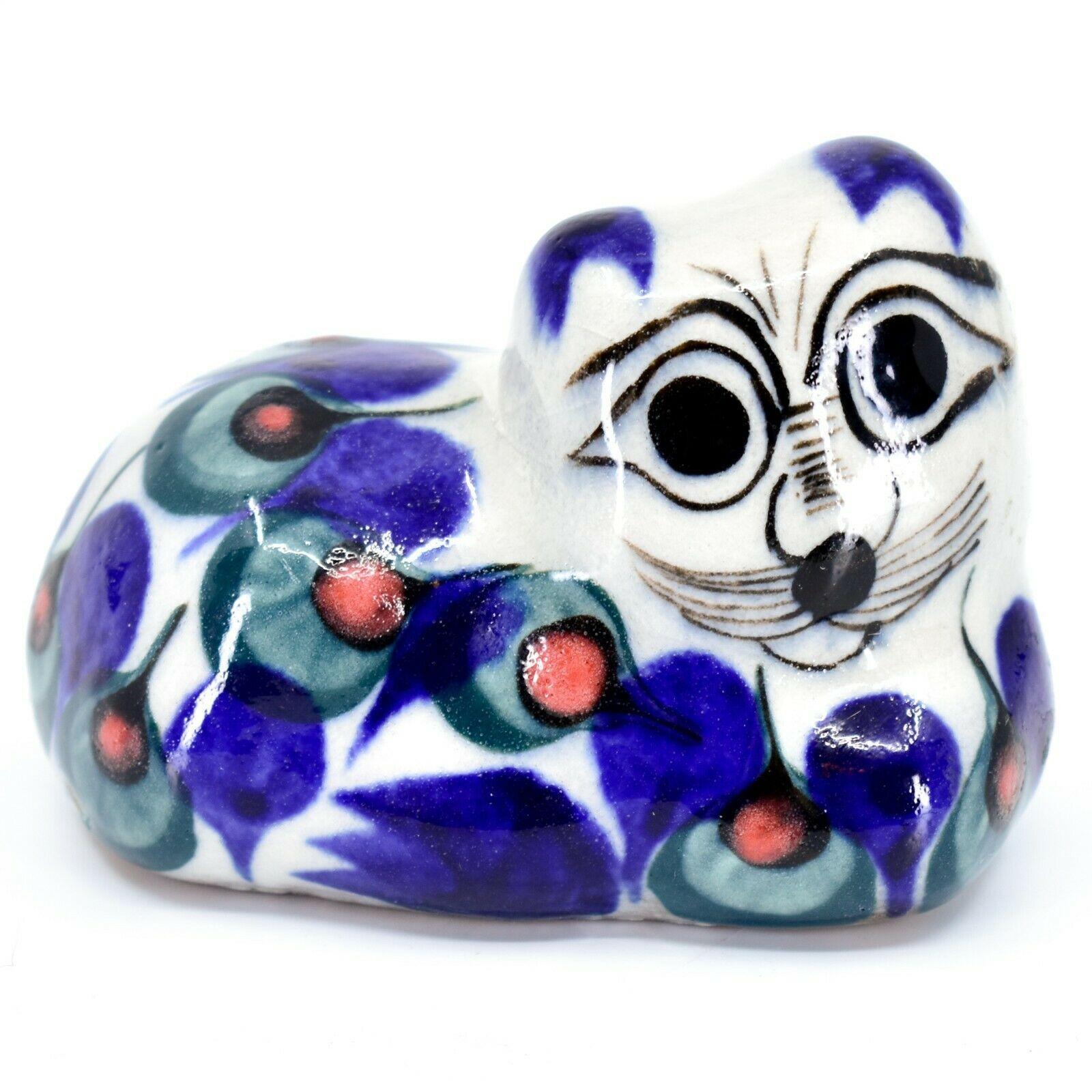 """Ceramic Hand Painted Laying Cat Kitten 3.5"""" Figurine Handmade Guatemala"""