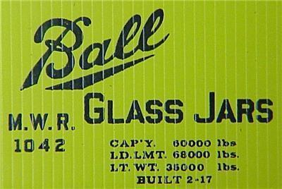 Micro Trains Kadee 42030 Ball Glass 40' Boxcar 1042