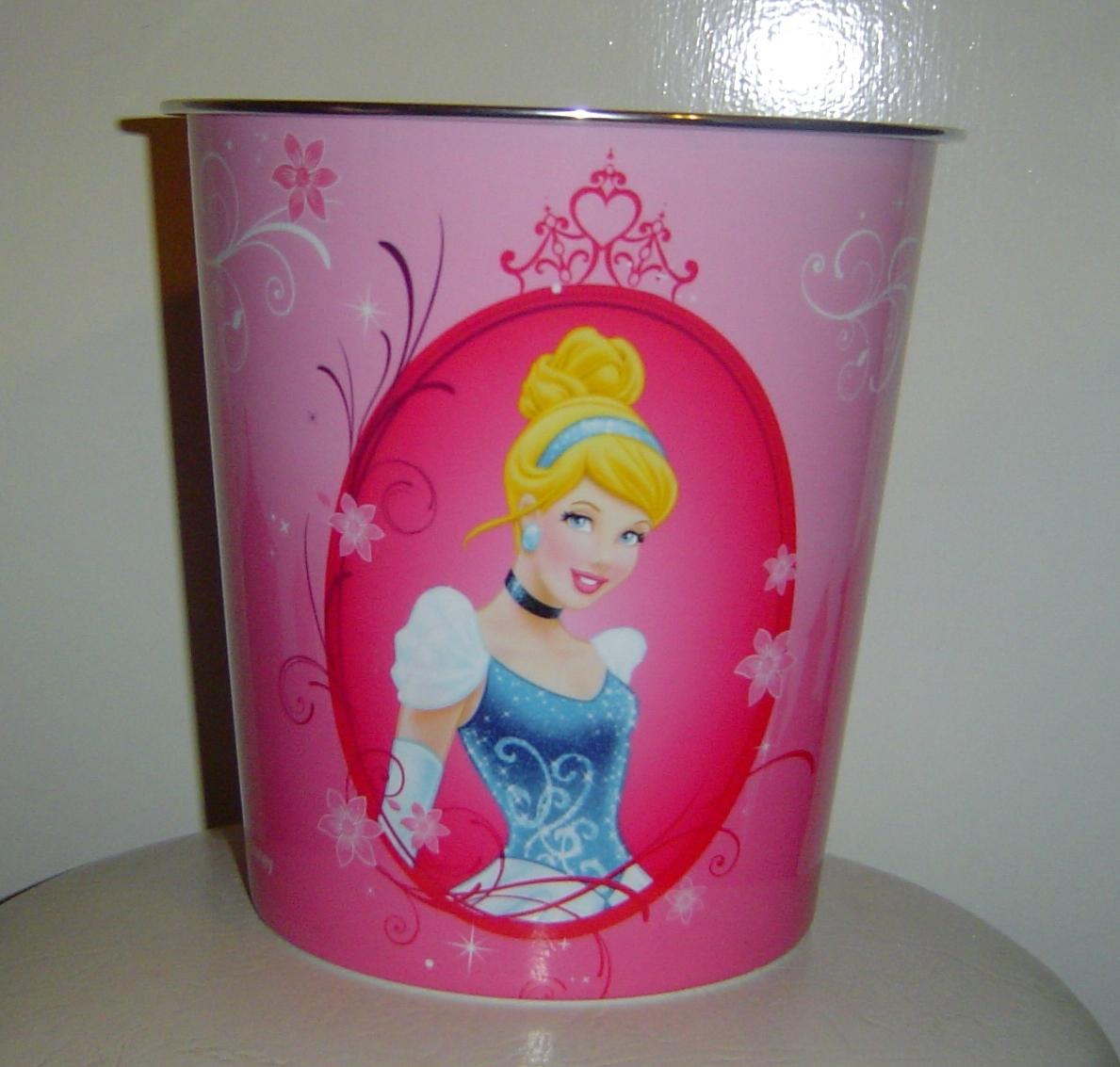 Disney princess bath set 3 piece accessory set plus for Bathroom wastebasket sets