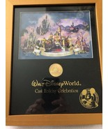 Disney 2005 The Happiest Place On Earth Cast Holiday Celebration Medallion - $19.34