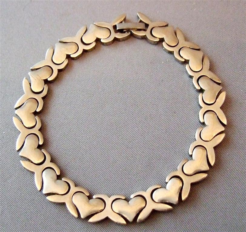 Hearts And Kisses Bracelet: Original Taxco Hugs & Kisses Sterling Silver Bracelet 26g