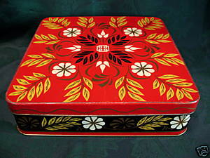 Vintage PEEK FREAN Biscuits Cookie Tin Souvenir Collector RED LEAVES FLOWERS