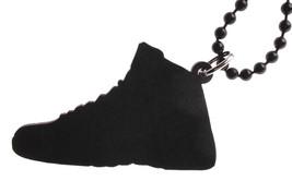 Good Wood Nyc Flu Game 12 Sneaker Halskette Schwarz/Rot Schuhe XII Varsity image 2