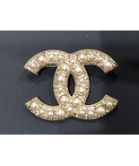 NEW 100% AUTHENTIC CHANEL Gold Pearl CC Logo Iconic PIN BROOCH - $599.99
