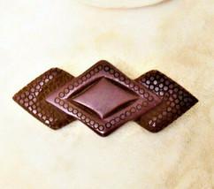 RARE CARVED OLD LUCITE/BAKEOLIGHT PLASTIC BROOCH PIN VTG ANTIQUE ESTATE ... - $46.74