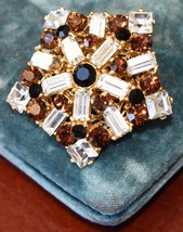 "TRUE VINTAGE HIGH END RHINESTONE PIN RED BROWN CLEAR 1 5/8"" W GOLD TONE ... - $24.99"