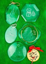 Vintage Acrylic Christmas Ornaments Lot Of 5 Collectibles - $7.79