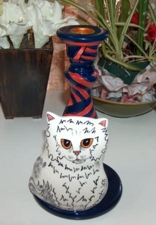Cat candlestick