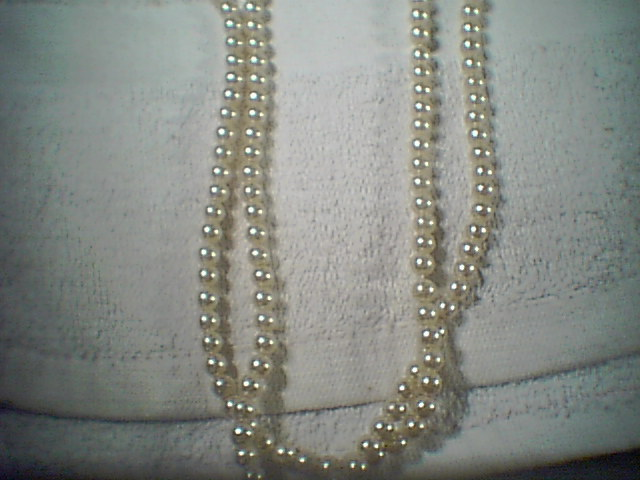 Nice Set of Pearl Beads Neckless.