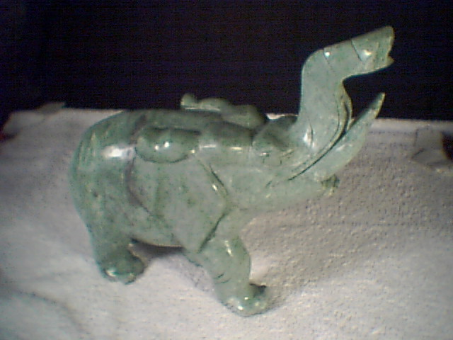 LARGE JADE ELEPHANT~~~must see this one~~