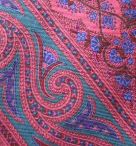 FAB Paisley LIBERTY LONDON 100% Silk NECKTIE Tie NICE