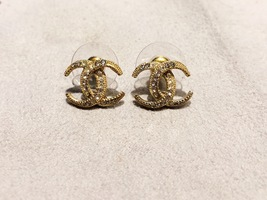 Authentic CHANEL CRESCENT MOON CRYSTAL CC Logo Stud Earrings Gold  image 5