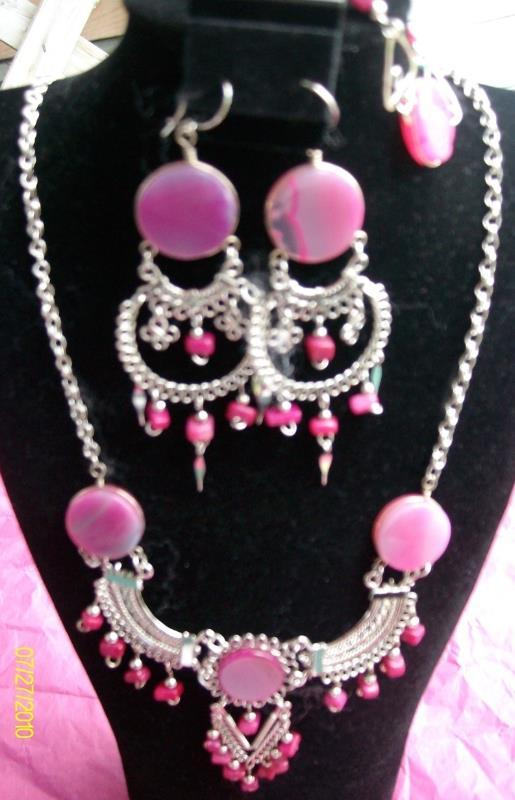 Coral , 3 Pc Alpaca Necklace and Earring  w Bracelet  ( H-1)