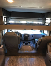 2018 Thor Motor Coach Hurricane 31Z FOR SALE IN Bakersfield, CA 93311 image 4