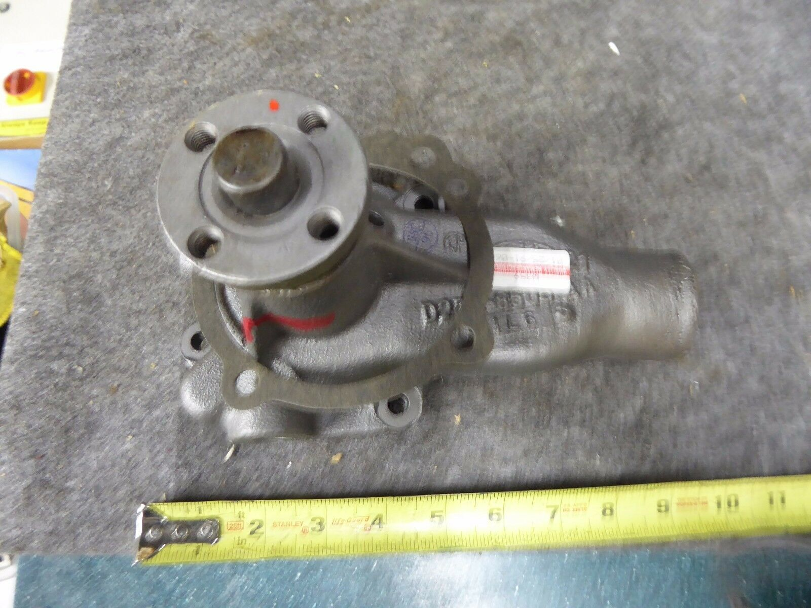 D4TZ-8501-C Ford Water Pump Remanufactured By Arrow 7-4231