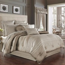 New J. Queen New York Bohemia 4 Piece Queen Comforter Set Variety Colors - $241.99