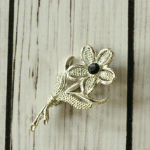vintage Sarah Coventry rhinestone silver tone flower brooch pin floral - $6.92
