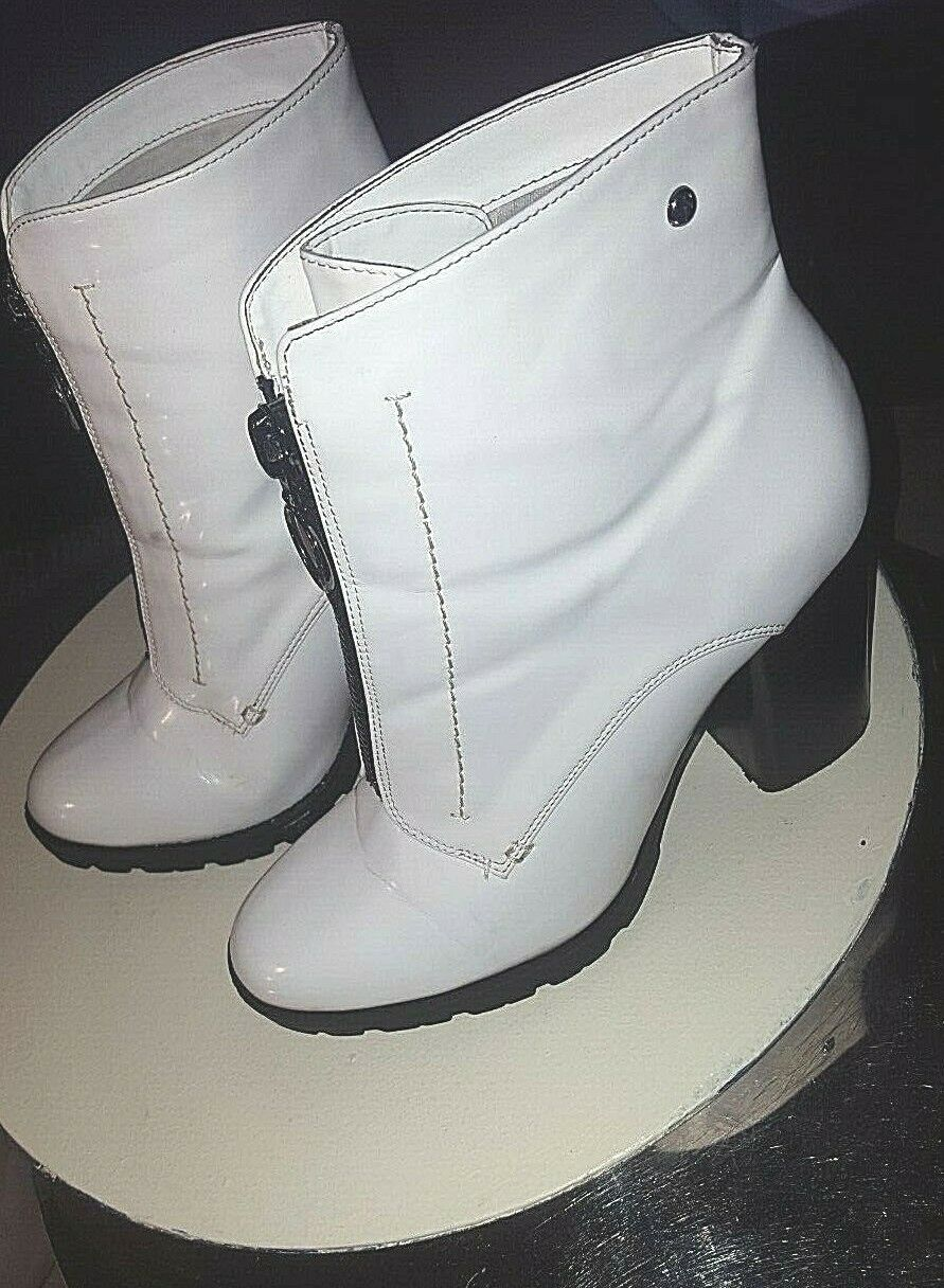 Primary image for Simply Vera-Vera Wang-Women's-Grouse White-Patent Leather-Zip Up-Ankle Boots-10